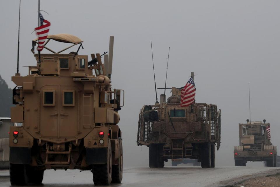 U.S.  withdraws some military equipment from Syria