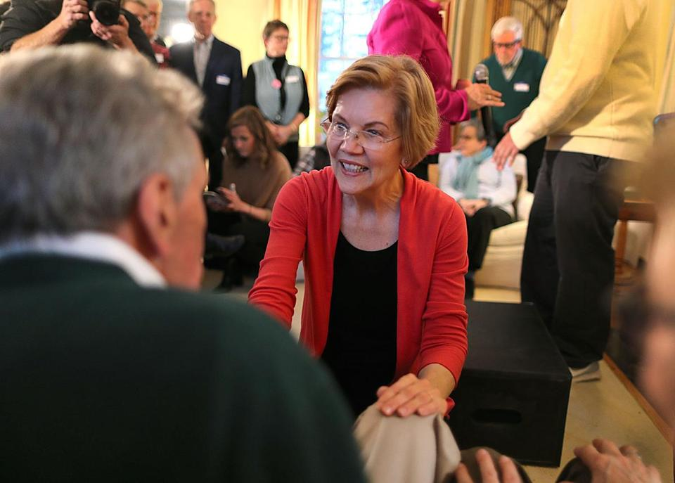 Concord, N.H. -01/12/19 Senator Elizabeth Warren made a stop at the home of former NH State Senator Sylvia Larsen, where she greeted attendees. Photo by (metro)