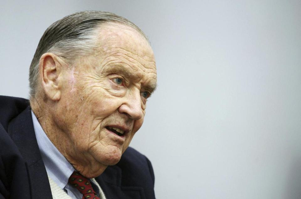 "FILE - In this Tuesday, May 20, 2008, file photo, John Bogle, founder of The Vanguard Group, talks during an interview with The Associated Press, in New York. Vanguard announced Wednesday, Jan. 16, 2019, that John C. ""Jack"" Bogle has died at the age of 89. (AP Photo/Mark Lennihan, File)"