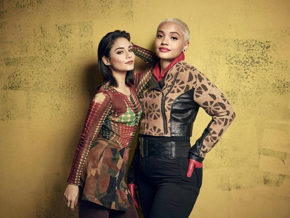 RENT: L-R: Vanessa Hudgens as Maureen Johnson and Kiersey Clemons as Joanne Jefferson in RENT airing Sunday, Jan. 27 (8:00-11:00 ET/PT) on FOX. ©2019 Fox Broadcasting Co. CR: Pamela Littky/FOX