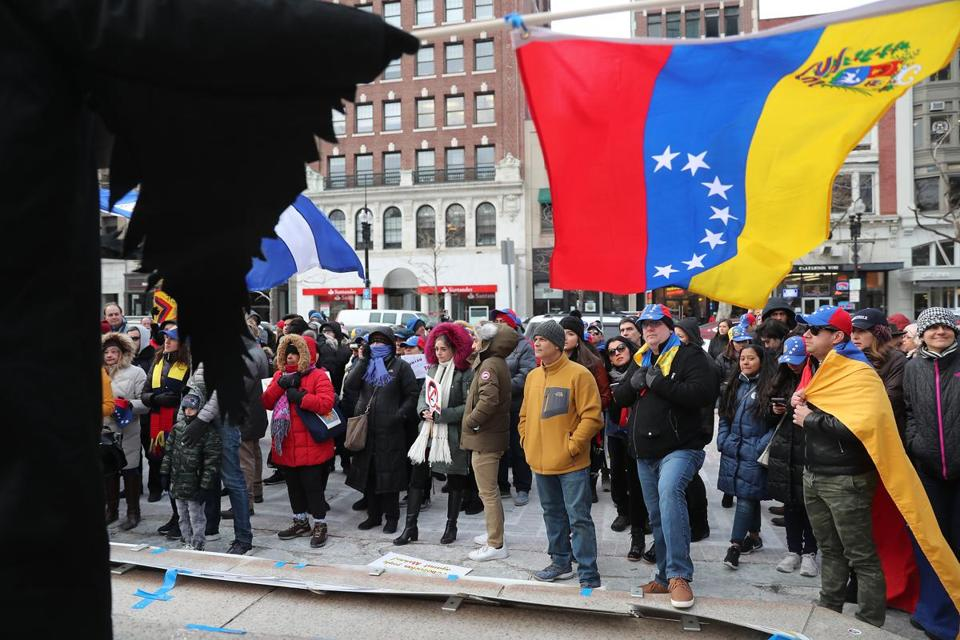 Demonstrators in Copley Square Saturday called for Venezuelan President Nicolás Maduro to give up power.