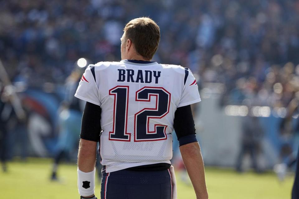 Tom Brady rookie card sells for $400,000