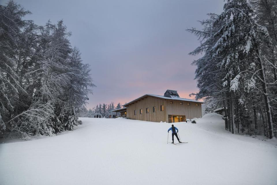 Operated as a nonprofit since 2008, Craftsbury Outdoor Center is a mecca for Nordic skiing, with an extensive trail system that covers thousands of kilometers, crossing villages, farms, fields, and forests, thanks to generous landowners.