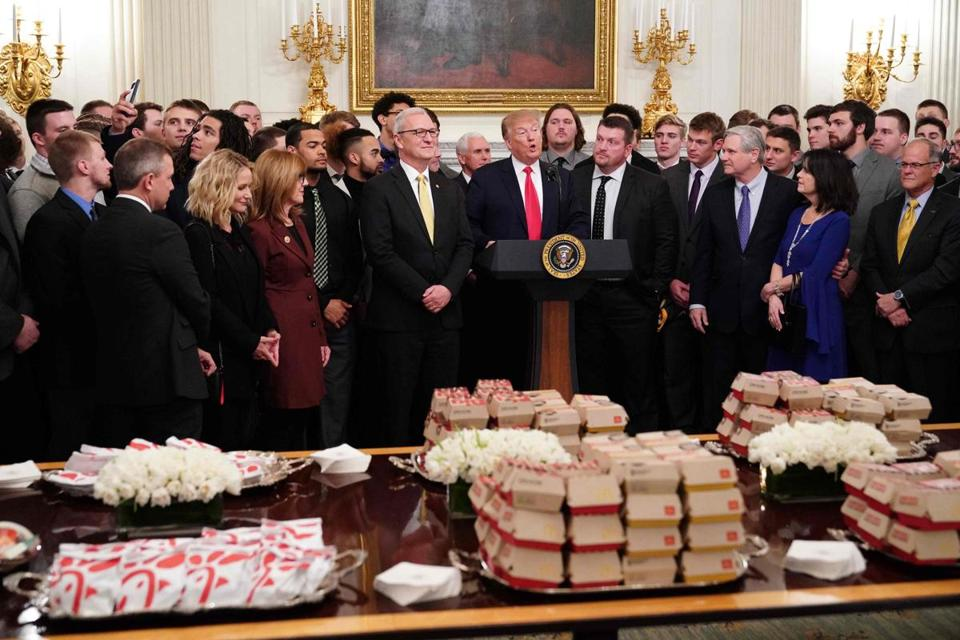Trump to athletes: Welcome to the White House, have some junk food