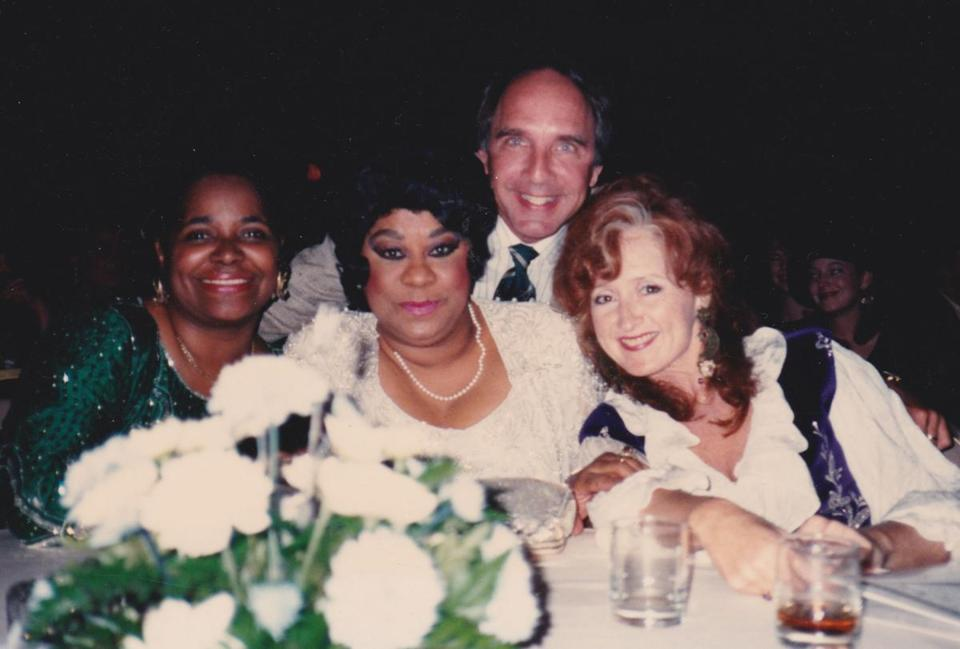 Mr. Begle with singers Carla Thomas, Ruth Brown, and Bonnie Raitt at the W.C. Handy Blues Music Awards in Memphis in 1990.