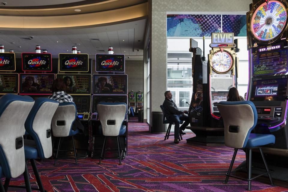 Inside the casino at Resorts World Catskills in Monticello, N.Y., March 25, 2018. A string of new resort and hotel projects near the Catskill Mountains is a heartening sign for an area where tourism has fallen precipitously from its heyday in the middle of the 20th century. (Eva Deitch/The New York Times)