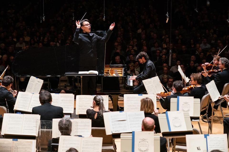 Ken-David Masur led the Boston Symphony Orchestra and pianist Sergio Tiempo in Ravel's Piano Concerto in G major at Symphony Hall Thursday.