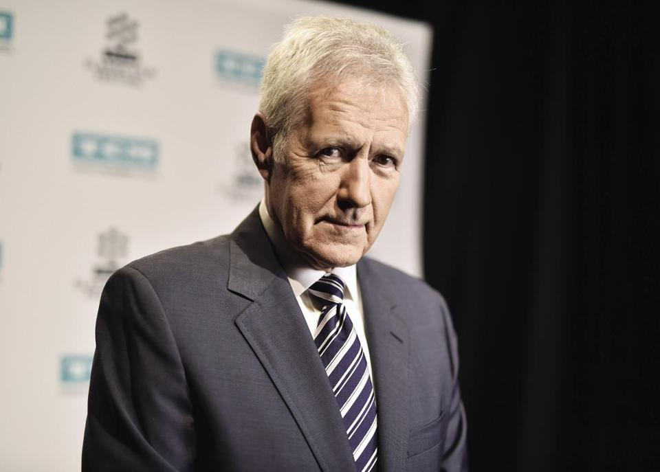 Longtime 'Jeopardy!' host Alex Trebek provides update on battle with cancer