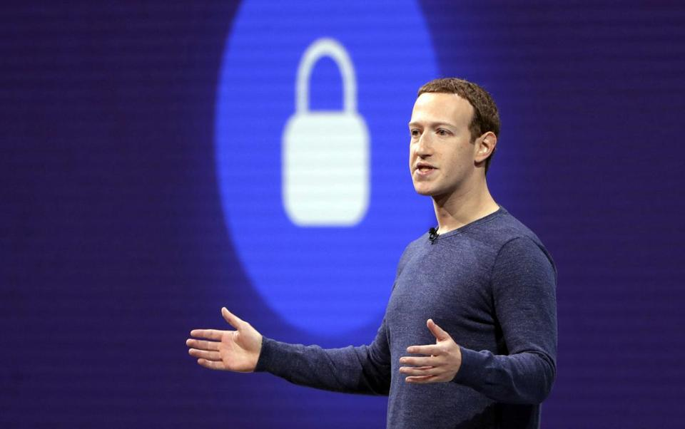 FTC considering oversight of Facebook's Zuckerberg