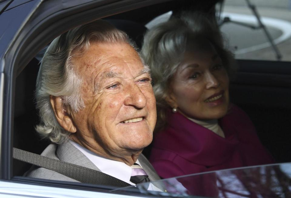 Former Australian prime minister Bob Hawke (left) and wife Blanche d'Alpuget in 2013.