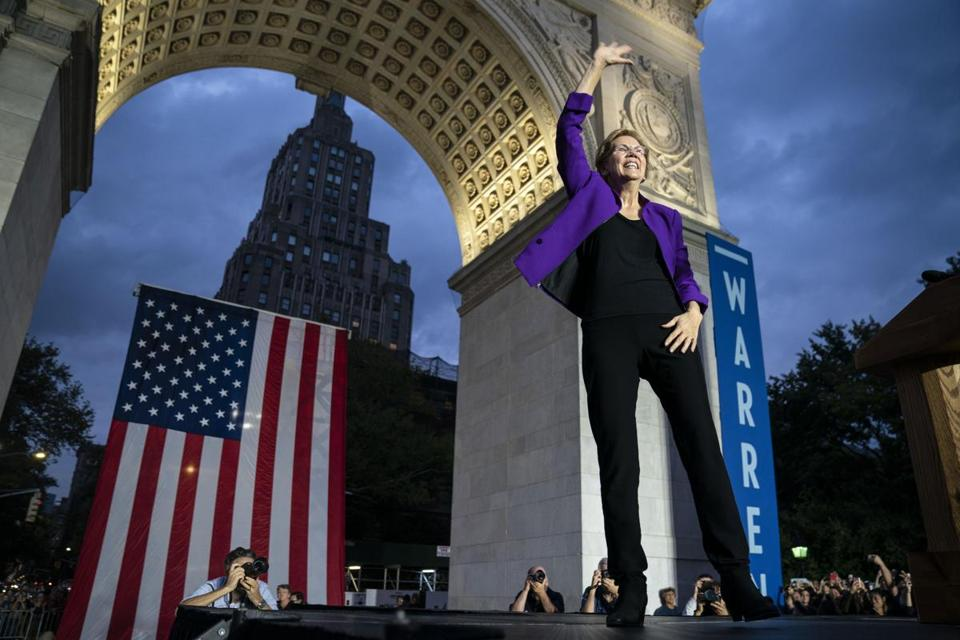 NEW YORK, NY - SEPTEMBER 16: 2020 Democratic presidential candidate Sen. Elizabeth Warren (D-MA) arrives for a rally in Washington Square Park on September 16, 2019 in New York City. Warren unveiled a sweeping anti-corruption plan earlier on Monday. (Photo by Drew Angerer/Getty Images) ***BESTPIX***