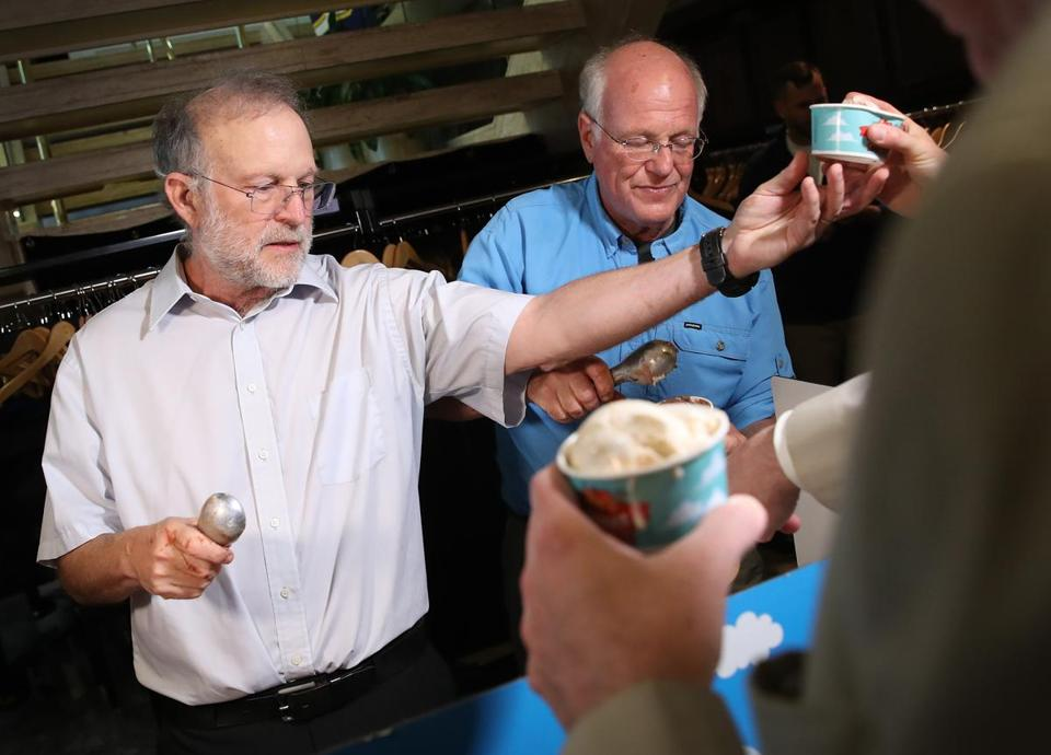 "WASHINGTON, DC - SEPTEMBER 03: Ben & Jerry's co-founders Ben Cohen (R) and Jerry Greenfield (L) serve ice cream following a press conference announcing a new flavor, Justice Remix'd, September 03, 2019 in Washington, DC. Ben & Jerry's launched the new flavor in conjunction with the civil rights organization, Advancement Project, to ""spotlight structural racism in a broken criminal legal system"". (Photo by Win McNamee/Getty Images)"