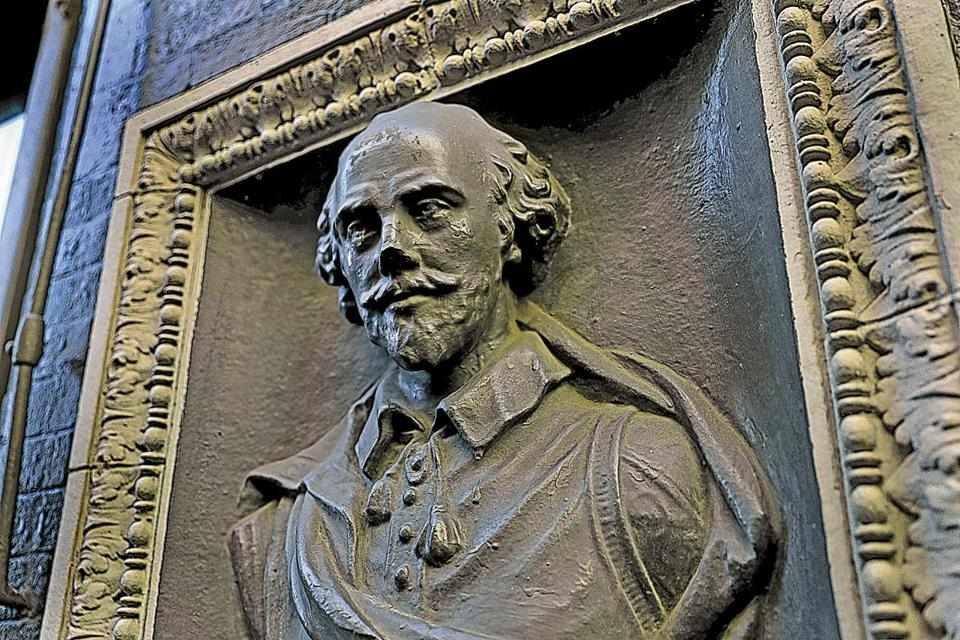 A little-known bust of Shakespeare is part of a building near 15 Beach Street in  Chinatown.