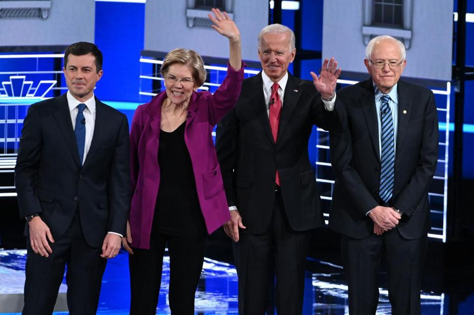Democratic presidential hopefuls Pete Buttigieg, Elizabeth Warren, Joe Biden, and Bernie Sanders, along with Amy klobuchar and Tom Steyer, will take the stage again Tuesday night in Des Moines, Iowa.