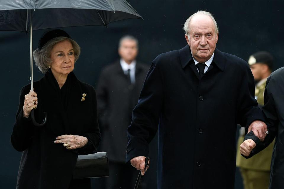 Spain's former queen, Sofia (left), and former king, Juan Carlos I (right).