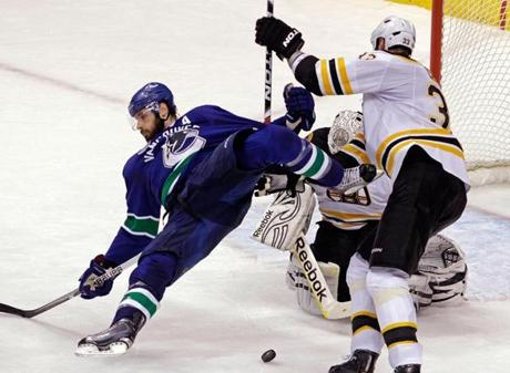 Zdeno Chara leveled Kessler in front of the Bruins net in Game 7.
