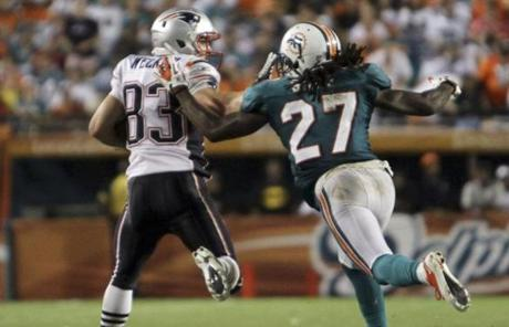 The night was punctuated when Welker broke away from Dolphins defender Benny Sapp ...