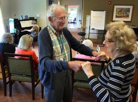 Residents Robert Levin and Beatrice Traiman danced to a song Kliman played.