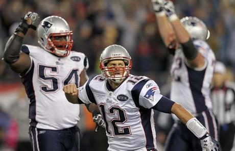 Tom Brady threw a game-winning TD pass with 22 seconds left to power the Patriots' win.