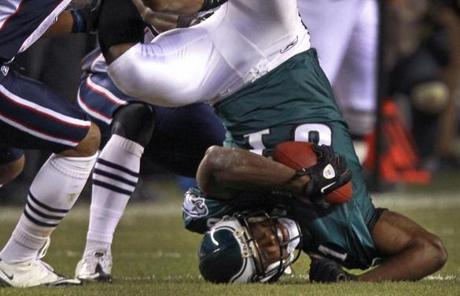 Eagles wide receiver Jason Avant had eight catches for 110 yards.