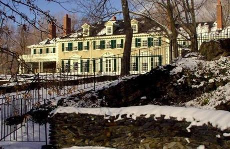 Abraham Lincoln's son, Robert Todd Lincoln, lived in Hildene in Manchester, Vt. It remained in their family until 1975.