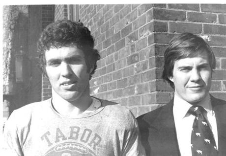 FROM MERLIN ARCHIVE DO NOT RESEND TO LIBRARY David Campbell and Bill Belichick, co-captain of the Wesleyan men's lacrosse team in 1975 01282000 Library tag Sports (Wesleyan University)