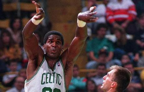 No. 4: Robert Parish, 18,245 points.