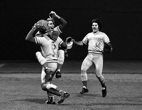 Pete Rose, right, and the Reds celebrated after closing out the Red Sox in Game 7 of the 1975 World Series.