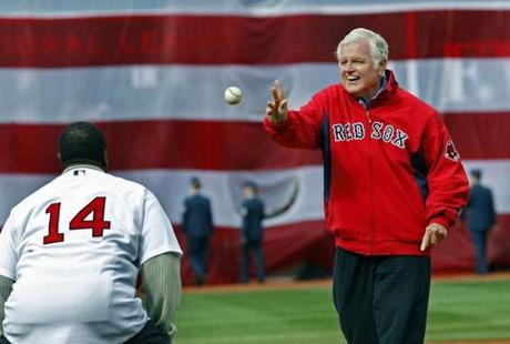 Sen. Edward M. Kennedy threw out the first pitch to newly elected Hall of Famer Jim Rice at the home opener on April 7, 2009.