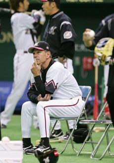 2009, End of the line in Japan: After winning the Japan Series and Asia Series in 2005, Valentine was the second-highest paid manager in professional baseball. There was talk of a lifetime contract with the Chiba Lotte Marines. By 2008, team president Ryuzo Setoyama said the club was losing money and could not afford Valentine. The fans were with Valentine, so Setoyama smeared Valentine, aided by a willing media. Valentine was forbidden from publicly criticizing the team under the terms of his contract.
