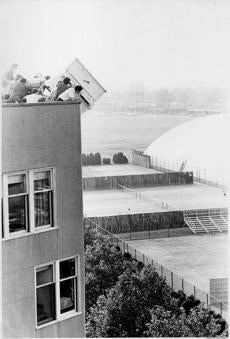 The first MIT piano drop, in 1972.