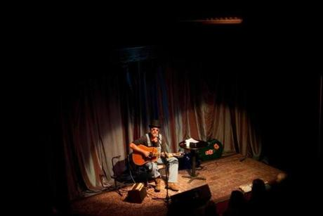 Greg Brown, an Iowa-based singer-songwriter, performs at One Longfellow Square, a club that offers fans a more intimate evening of music.