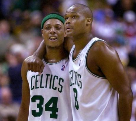 Paul Pierce, left, and Antoine Walker were all smiles as they closed out the 76ers in 2002.