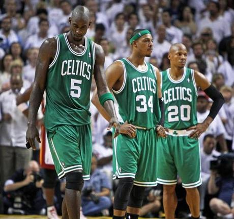 6-9-12: Miami, FL: The Celtics Kevin Garnett, Paul Pierce and Ray Allen are pictured on thge court near the end of the game. The Boston Celtics visited the Miami Heat for Game Seven of the NBA Eastern Conference Finals at the American Airlines Arena. (Globe Staff Photo/Jim Davis) section: sports topic: Celtics-Heat