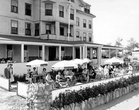 The patio in the front of the hotel in the early 1960s.