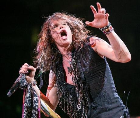 One of Steven Tyler's many animated expressions.