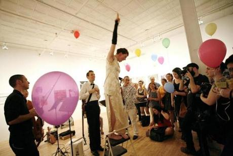 Amanda Palmer welcomed fans to her performance at Momenta Art in Brooklyn, NY.