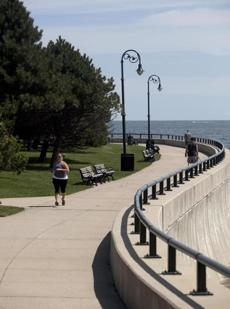 A 2-mile promenade traces Lynn Shores, Red Rock Park, and Nahant Beach Reservation.