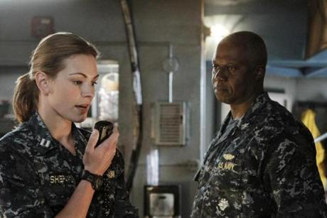 "Daisy Betts as Lieutenant Grace Shepard, left, and Andre Braugher as Captain Marcus Chaplin in ""Last Resort."""