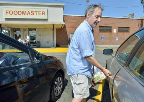 Philip Cowan said that Johnnie's Foodmaster in Somerville reflects the blue-collar underpinings of the neighborhood.