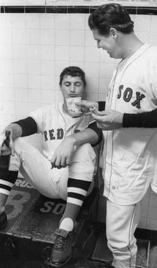 Yastrzemski, left, relaxed with pitcher Gary Bell after a 3-1 win over the Yankees on Sept. 7.
