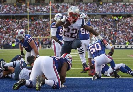 Stevan Ridley ran into the end zone to give the Patriots a two-touchdown during the fourth quarter.