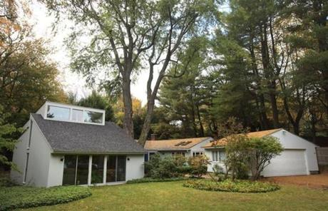 Like the giant oaks and pines that now tower over it, this house has grown since it was built in the 1950s by The Architects Collaborative, the firm started by the leader of the Bauhaus movement,Walter Gropius.