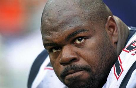 Vince Wilfork waited out the final seconds on the Patriots bench.