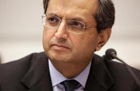 Vikram Pandit's exit from Citibank surprised analysts on Tuesday.