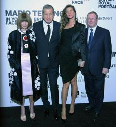 From left: Anna Wintour, Mario Testino, Gisele Bundchen, and Malcolm Rogers at the MFA.