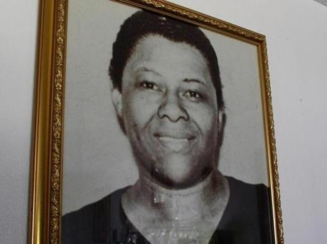 Cook started singing in church with his mother Annie Bell, a well-known regional blues singer.