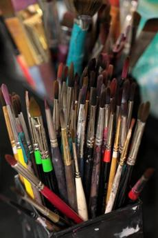 Brushes used by Ginny Colangelo.