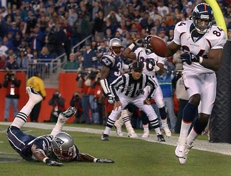 Shannon Sharpe scored an 8-yard touchdown for Denver in the second quarter.