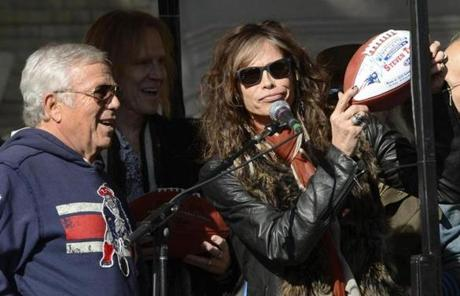 New England Patriots owner Robert Kraft gave Steven Tyler a football.
